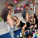 Cumlouder_Fakings_Torbe_Fotos_Porno_Coral_Joice_Fiesta_Culos_Tatuajes_Sexo_anal_Morenas_Rubias_04.jpg